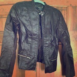 Express — Leather jacket